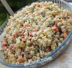 Creamy Sun-Dried Tomato Pasta Pasta - Pasta salad - shrimp Pasta - Pasta rezepte Creamy Sun-Dried To Salad Recipes, Snack Recipes, Snacks, Pasta Salat, Crudite, Bread Machine Recipes, Healthy Salads, Macaroni And Cheese, Food Photography