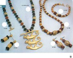 Diferentes artículos de linea Precolombinos, posibilidad de intercambio de la misma replica de piezas que se encuentran en el Museo del Oro en Bogota, Colombia
