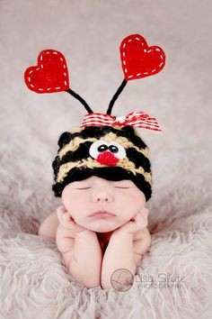 Bumble bee valentines hat @anyone with a baby! :)