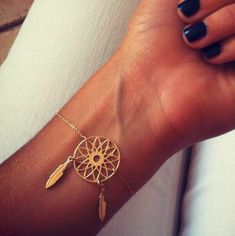 Still obsessing about this bracelet! Can't find it ANYWHERE!! I'm in love and need it
