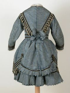 Blue and white checked silk two-piece dress (for girl aged 8), with fringe…