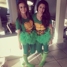 Ninja turtle Halloween costumes  sc 1 st  Pinterest & 26 u002790s Group Halloween Costumes You and Your Squad Should Dress Up ...