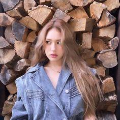 South Korean Girls, Korean Girl Groups, Cool Girl, My Girl, Jeon Somi, Golden Child, Produce 101, Ioi, Messy Hairstyles