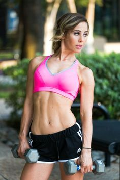 Show off your hard work at the gym with a fitness photo shoot! Hire a professional photographer today! I have a changing room, studio, and wonderful courtyard in Dallas where I can shoot, so you can be sure that we will find the perfect setting for you! #dallas #photographer #portrait #photography #profile #dating #fitness