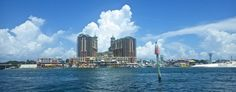 One of the best things about Destin is its location.    Not only because it's located on one of the most uniquely gorgeous beaches in the world but also because it's located between two also insanely popular destinations: Pensacola and Panama City Beach.    This means that an hour in either direction from Destin and you'll find about twice as much fun stuff to do!