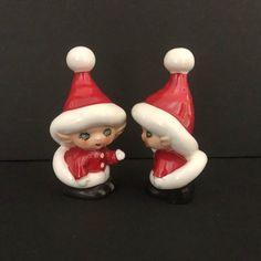 Christmas in July Lefton Porcelain Christmas Holly Salt and Pepper Set