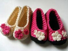 http://crochetcraftsandme.blogspot.co.uk/2015/02/crochet-baby-slippers-disclaimer-first.html