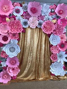 Beautiful backdrop for a bridal shower! Bridal Room Decor, Wedding Room Decorations, Bridal Shower, Baby Shower, Beautiful Home Designs, Balloon Ideas, Ideas Para Fiestas, Glamping, Paper Flowers