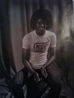 """""""Michael nunca perderá a qualidade que separa os meramente sentimentais dos verdadeiramente sensíveis. Isso tem raízes no blues e não import..."""