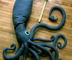 Lana Bosak, a Finnish university student was bored one summer and sewed this giant 6 foot squid! We love this aquatic handmade creature!