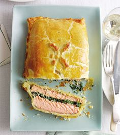 Salmon en Croûte - This straightforward recipe makes light work of the tricky salmon en croûte. Serve this French classic as the centrepiece at special gatherings with family and friends. Salmon Recipes, Fish Recipes, Seafood Recipes, Cooking Recipes, Recipies, Yummy Recipes, Dessert Recipes, Roasted Salmon, Baked Salmon