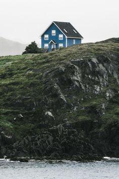 La cotidianidad en Newfoundland (Terranova), una de las colonias más orientales del Cánada, situada en la región atlántica del país. [Imagen en la lente de Dylan Furst].