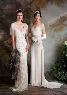 If you're on the hunt for a vintage gown, a style flapper wedding dress but something new then you need to see the Eliza Jane Howell Debutante collection Flapper Wedding Dresses, Vintage Inspired Wedding Dresses, Vintage Gowns, Bridal Gowns, Wedding Gowns, Dress Vintage, 1920s Vintage Wedding Dress, Wedding Bridesmaids, Art Deco Bridesmaid Dresses