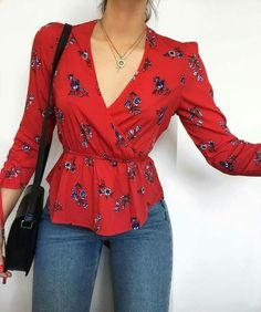 15 peplum top ideas for your weekend outfit page 14 Casual Outfits, Cute Outfits, Look Fashion, Womens Fashion, Vetement Fashion, Pinterest Fashion, Red Blouses, Mode Inspiration, Everyday Outfits