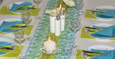 Sommerliche Tischdekoration in Türkis und Grün