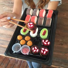 Sushi anyone? Whether you like sushi or not you are sure to love this sushi - Candy Sushi! Includes 19 pieces of candy sushi and 2 gummy dipping sauces exclusively at IT'SUGAR. Gummy Sushi, Candy Sushi Rolls, Sushi Roll Recipes, Bar A Bonbon, Sleepover Food, Sushi Party, Epcot Food, Best Party Food, Sour Candy