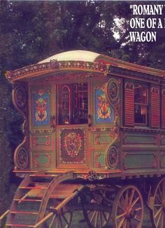 Gypsy Vardo, Reading Wagon of the Travelers. Lovely handcrafted inside and out, all hand painted and hand carved. Gypsy Home, Bohemian Gypsy, Glamping, Hippie Vintage, Gypsy Trailer, Tyni House, Gypsy Living, Tiny Living, Shepherds Hut