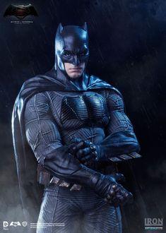 Long Live The Bat — Batman statue by Iron Studios