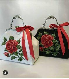 Kanaviçe el çantaları - Hook Tutorial and Ideas Embroidery Bags, Embroidery Stitches, Embroidery Patterns, Cute Purses, Purses And Bags, Organic Art, Crochet Christmas Ornaments, Cross Stitch Rose, Crochet Handbags