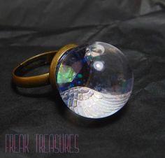"Sfera magica ""Pegaso"" in movimento anello regolabile kawaii pastel goth iridescente by FreakTreasures on Etsy"
