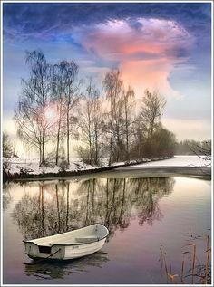 rare to see a lone boat in a winter scene . Beautiful Sky, Beautiful Landscapes, Beautiful World, Beautiful Places, Beautiful Pictures, Beautiful Scenery, Hdr Photography, Landscape Photography, Foto Hdr