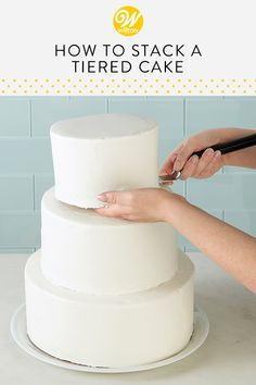 Wedding season is here and while many may choose to have a local bakery create their wedding cake, a homemade cake is the ultimate personal touch to m. Wedding Cake Maker, Amazing Wedding Cakes, Wedding Cake Rustic, Elegant Wedding Cakes, Easy Wedding Cakes, Wedding Cake Icing, Tiered Wedding Cakes, Pastel Wedding Cakes, Boho Wedding