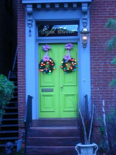 """✶ The green doors at """"Eight Eleven."""" ✶"""
