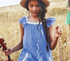 READY FOR SUNSHINE. Shop new in for Mini girls >