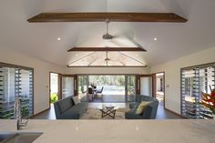 Melaleuca House by Sabi Design (via Lunchbox Architect) Home Design Plans, Plan Design, Louvre Windows, Exposed Rafters, Contemporary Barn, Lounge Suites, Barn House Plans, House On A Hill, Cozy House