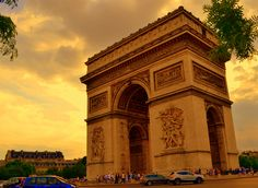 L'arco di trionfo. Parigi