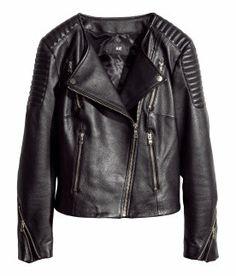 H&M erbjuder mode och kvalitet till bästa pris | H&M SE @Emma Zangs Zangs Lundberg