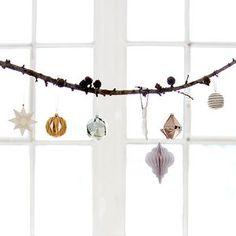die 44 besten bilder von weihnachtsdeko fenster basteln. Black Bedroom Furniture Sets. Home Design Ideas