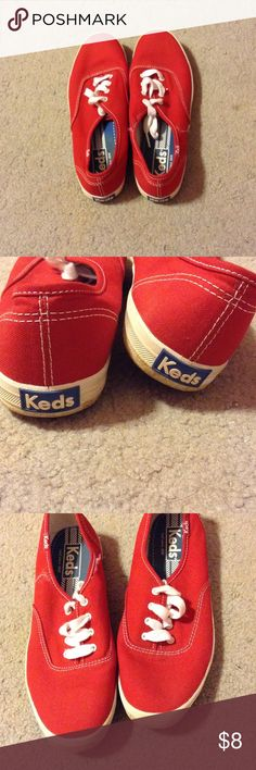 Red keds Red keds. Slightly worn    Little tear but I'll fix before shipping😉😊 Shoes Sneakers