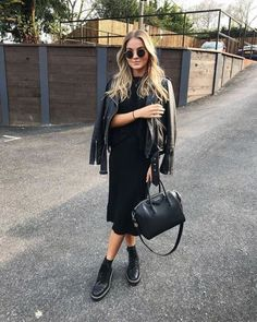 first date outfit Black Women Fashion, Look Fashion, Trendy Fashion, Womens Fashion, Trendy Style, Fashion Beauty, Trendy Outfits, Fashion Outfits, Fashion Boots