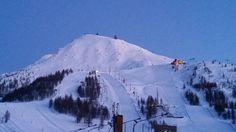 Spettacolo all'imbrunire sulle piste del Sestriere! #myValsusa #fotodelgiorno 10-03-16 Foto di Federico Pognant Gros
