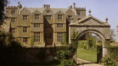 Chastleton House, Oxfordshire. A Jacobean country house, Chastleton was built between 1607 and 1612 by a prosperous wool merchant as an impressive statement of wealth and power. Owned by the same increasingly impoverished family until 1991, the house remained essentially unchanged for nearly 400 years as the interiors and contents gradually succumbed to the ravages of time, with virtually no intrusion from the 21st century. © Nadia Mackenzie
