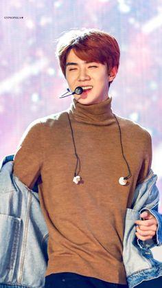 😄😄I love him and his smile is just . Exo Ot12, Chanyeol, Sehun Irene, Sehun Hot, Types Of Boyfriends, Korean Pop Group, Kim Minseok, Exo Members, My Youth
