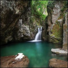 Casoli  Here the link for a valid alternative to the beach! Natural waterfalls in Tuscany