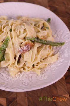 Pass the pasta, please! Whip up this quick and tasty Tagliatelle with Brown Butter, Asparagus, Spring Onions & Prosciutto for your family tonight!