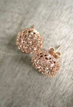 Rose Gold Druzy Earrings, Rose Gold Druzy Studs, Titanium Druzy Quartz Studs, Crown Setting, Crown Earrings #GoldInvestment #GoldInvesting