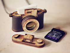 Wood and Leather Camera LOCKET version – Aztec Red, Brown personalised Christmas gift Holz und Leder-Kamera-Medaillon Fassung Aztec rot braun Camera Necklace, Locket Necklace, Gold Locket, Heart Locket, Pendant Necklace, Vespa Roller, Gifts For Photographers, Photographer Gifts, Personalized Christmas Gifts
