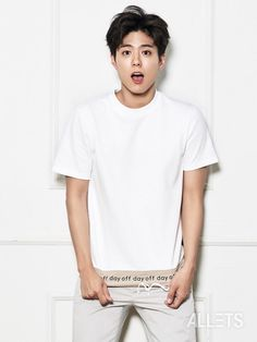 "More cuteness from Park Bo Gum as he shows off TNGT clothing in Allets! His shirt says ""Monday"" so he shows us how he feels about Mondays and how happy he is when his shirt says ""… Lee Hyun Woo, Lee Jong Suk, Asian Actors, Korean Actors, Korean Dramas, Park Bo Gum Cute, Park Bo Gum Wallpaper, Park Bogum, Song Joong"