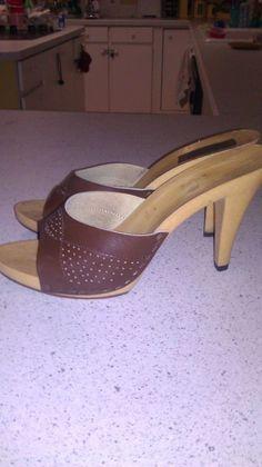 Vintage 1970s Shoes   Vintage 1970s Shoes Heels Mules Brown Plastic Heels Sz 8