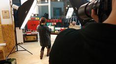 촬영용으로 셋팅된 상품을 촬영하는 원장님을 촬영하려고 하는.... 그다음 뭐였지.. -_-...