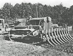 Root rake on a Caterpillar dozer, Edgar Browning Image Antique Tractors, Old Tractors, John Deere Tractors, Heavy Construction Equipment, Heavy Equipment, Earth Moving Equipment, Tacoma Truck, Logging Equipment, Crawler Tractor