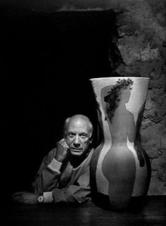 Pablo Picasso, 1954. Photo by Yousuf Karsh.  ☀