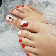 Clever fashion design manicure and decoration - Page 20 of 20 - Inspiration Diary Pedicure Designs, Pedicure Nail Art, Toe Nail Designs, Fall Nail Designs, Simple Nail Designs, Toe Nail Art, Fall Nail Colors, Nail Polish Colors, Wedding Acrylic Nails