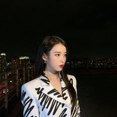 Find images and videos about kpop and iu on We Heart It - the app to get lost in what you love. Iu Twitter, Iu Hair, Look Body, K Idols, Korean Singer, Girl Group, My Girl, We Heart It, Stylists