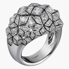 twentyonejewelsA diamond ring by Cartier. @cartier #highjewelry #finejewelrydesign #finejewelry #diamonds