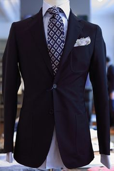 love the pocket square